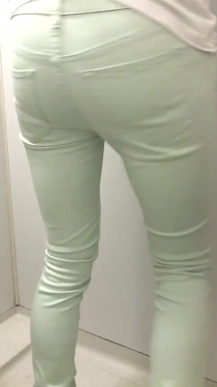 Desperate pants poop - video 2 - ScatFap.com - scat porn search ...
